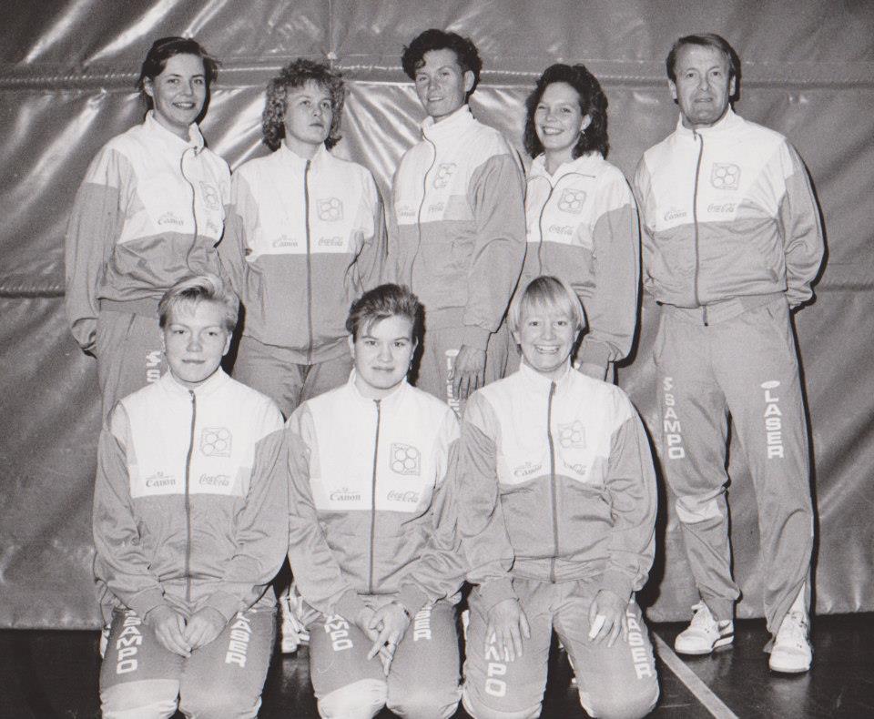 naiset 90-91